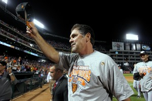 Giants take care of Rangers in Game 5 for World Series title