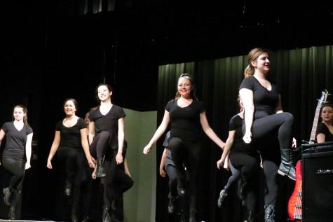 Dance Appreciation performing Break the Chain, coreographed by Debbie Allen