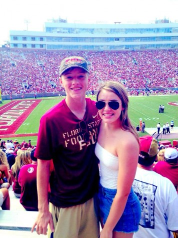 Senior Megan Bajo and cousin cheering on the Noles in Tallahassee.