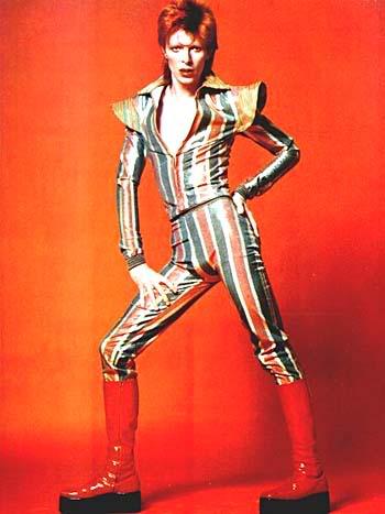 http://tron.wikia.com/wiki/File:Ziggy-stardust-david-bowie.jpg