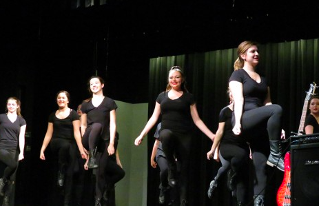 In 2015, Kimbler gave her first-year dance appreciation students an opportunity to showcase their talent. Credit: Sydney Schaeffer/Achona Online