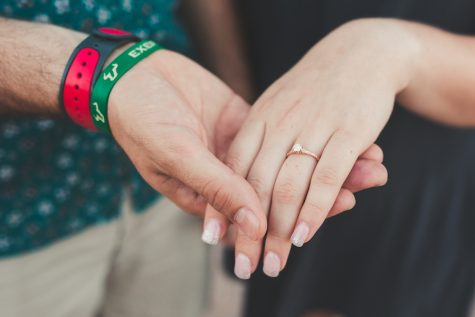 Photo Credit: (Savannah Lauren/http://savannahlauren.com) Ms. Mikos's fiancé Matt Wynn designed this gorgeous and dainty ring all on his own, as a complete surprise to Mikos.