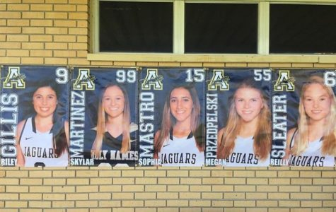 Lacrosse Honors Five Seniors