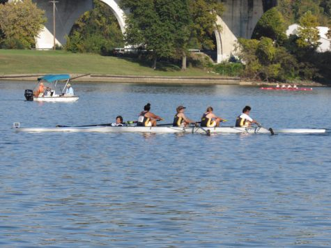 """Crew Team Travels to Tennessee for """"Head of the Hooch"""""""