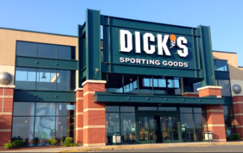Dicks Sporting Goods Stops Sales of Automatic Weapons